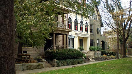 Elegant Victorian Homes of St. James Court in Louisville, Kentucky